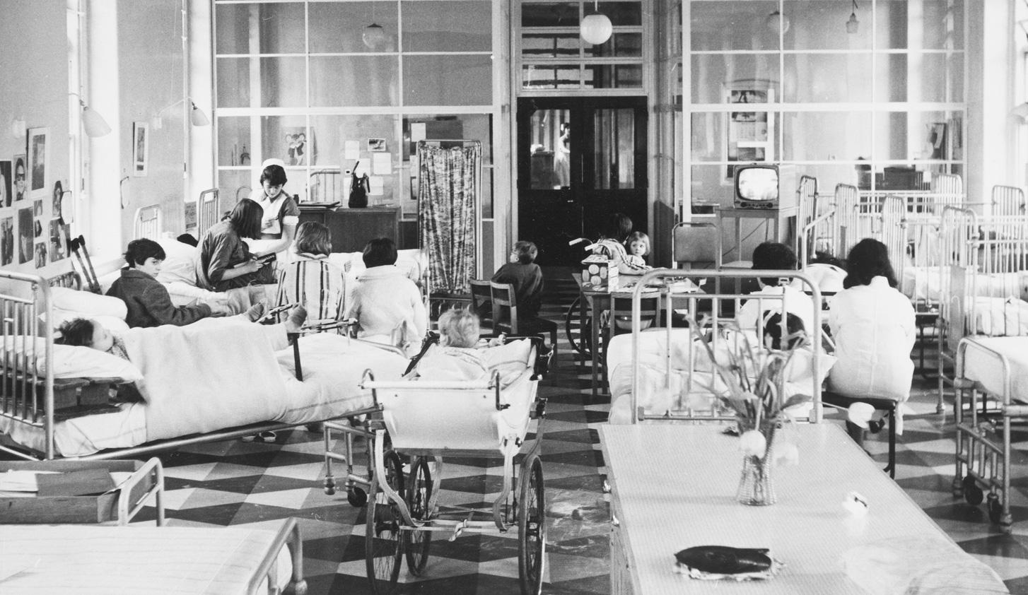 1959 - New School Opens